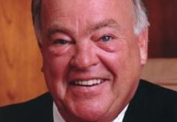'Cork' Walgreen, two Walgreens directors to retire