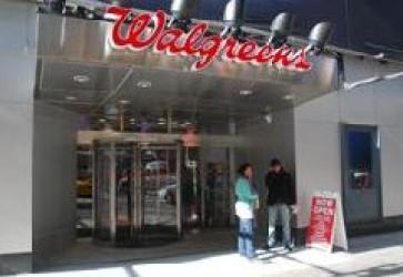 Walgreens sees drop in 3Q earnings