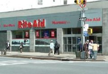 Rite Aid to issue new debt, refinance credit