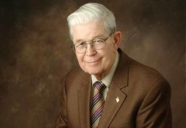 H.D. Smith announces passing of founder