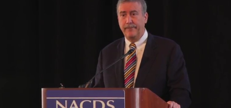 Sabato gives take on election at Annual Meeting