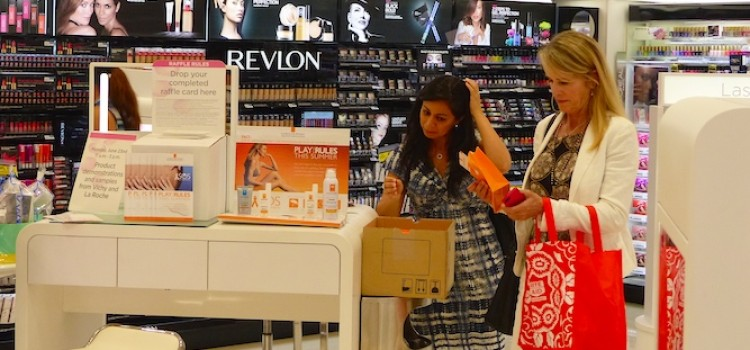 Harris Poll: Beauty shoppers favor stores over online
