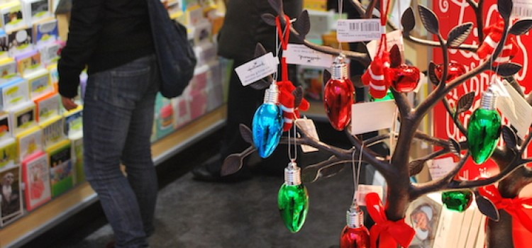 Optimism surrounds holiday shopping season