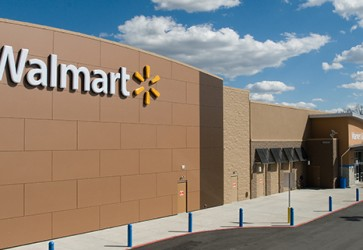 Walmart reports sales gains for Q4