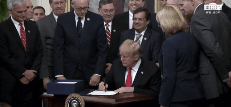 """NACDS at White House to mark """"historic action"""" on opioid abuse epidemic"""