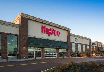 Hy-Vee appoints Marshall, Baty to new roles