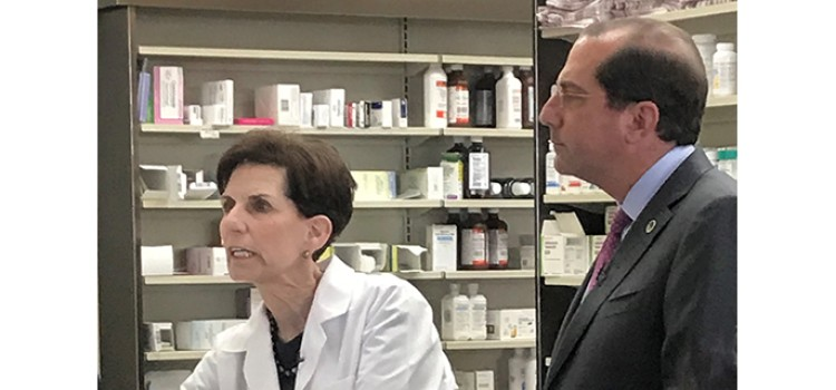 HHS Sec. Azar visits community pharmacists