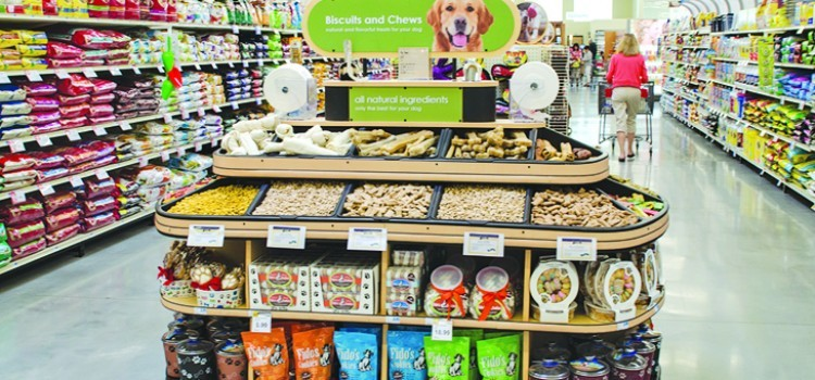 Packaged Facts: Mass retailers outperforming specialty pet stores