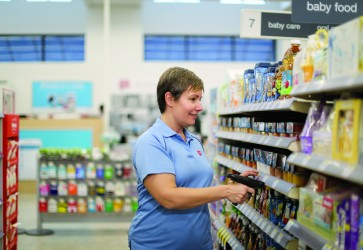 How Walgreens successfully introduced contactless service in the wake of COVID-19