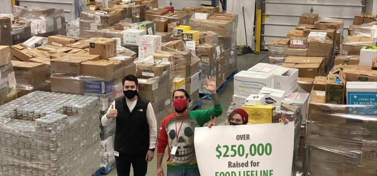 "Bartell's ""Stock the Shelves"" drive collects over $250,000 in donations for Food Lifeline"