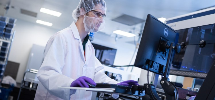 AWS powers Moderna's digital biotechnology platform