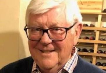 Kenneth Evenstad, founder of Usher-Smith Laboratories, dies