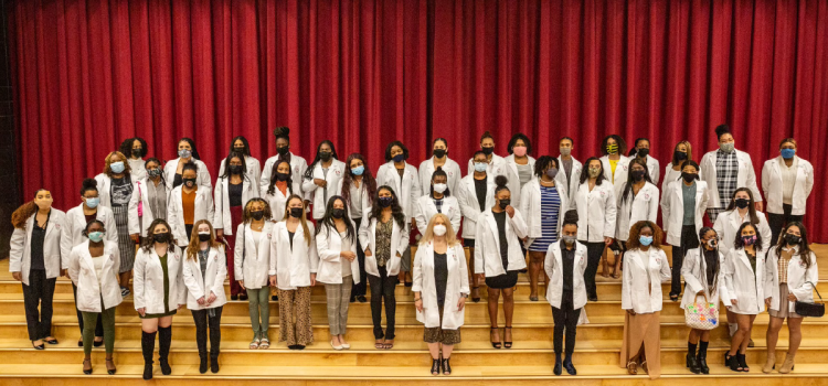 NACDS, member pharmacies unite with diverse, all-female school to prepare students for profession in community pharmacy
