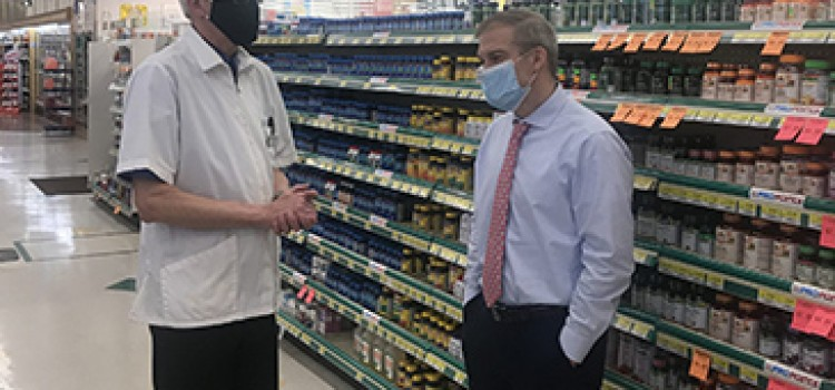 Ohio congressman visits Discount Drug Mart pharmacy