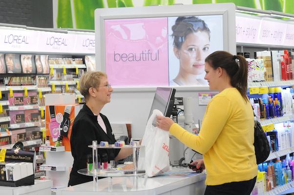 Walgreens beauty adviser_WEB