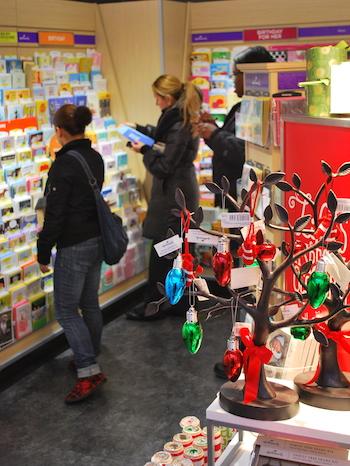 holiday-season_drug-store