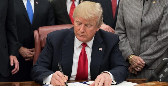 Trump_Stop Opioids Abuse